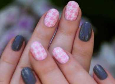 Самый красивый серо-розовый маникюр с фото и видео
