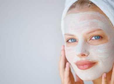 Лучшие рецепты омолаживающих масок для лица в домашних условиях с фото и видео