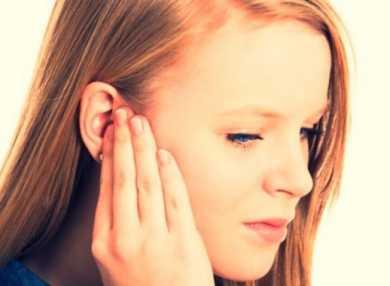 К чему горит правое ухо – примета
