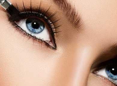 Как зрительно увеличить глаза с помощью макияжа