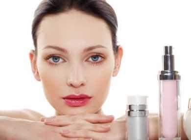 Как пользоваться увлажняющим кремом для лица и как его правильно подобрать