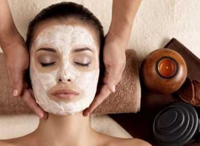 Лучшие рецепты масок для лица из крахмала с фото и видео