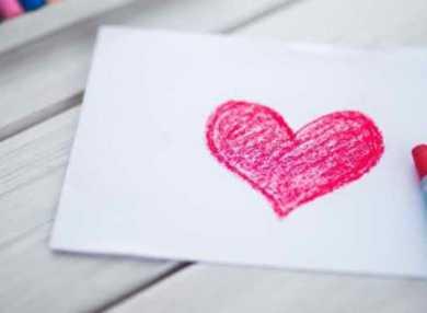 Гадание на бумаге на любовь и отношения