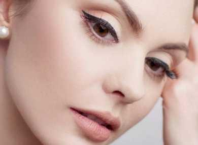 Техника и виды макияжа со стрелками с фото и видео