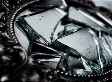 Разбитое зеркало – примета