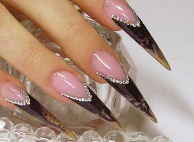 Актуальный дизайн для острых ногтей с видео и фото