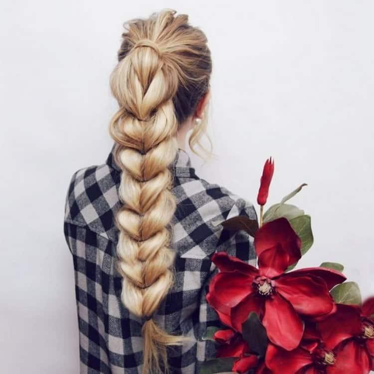 Все о том как сделать прически с элементами плетения на длинные волосы