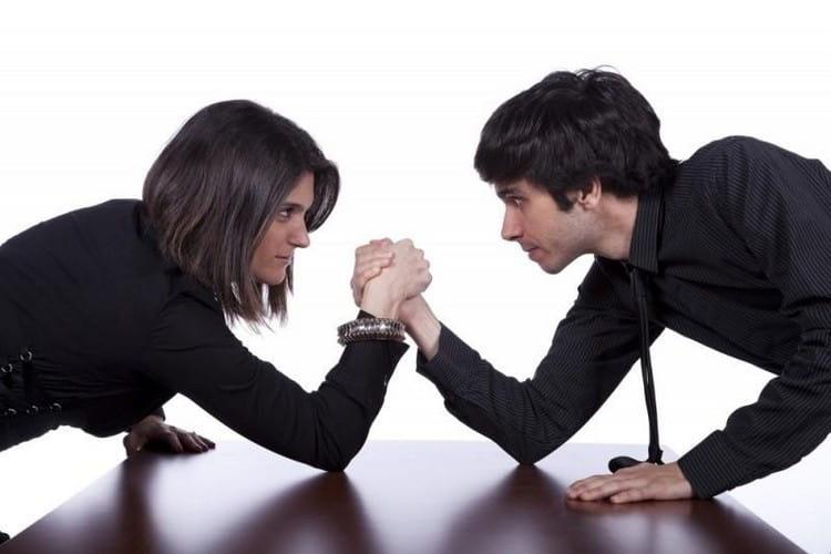 Если Овен мужчина и Скорпион женщина вместе работают, совместимость этих знаков Зодиака дает очень высокие результаты, но они постоянно соревнуются друг с другом.