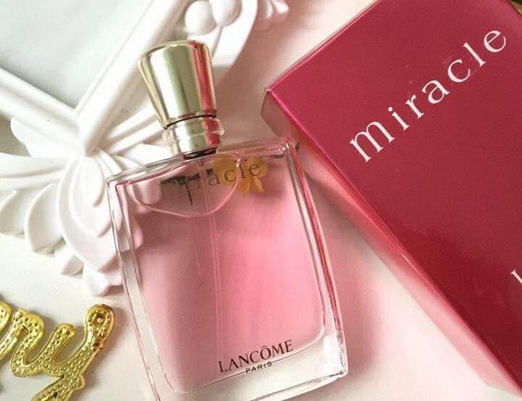 Духи Ланком Миракл созданы, чтобы подчеркивать женственность и красоту.