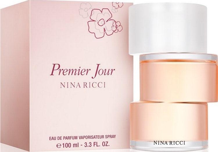 Духи Нина Ричи Премьер Жур, судя по отзывам, с момента своего появления не покидают место самого любимого аромата у множества женщин.