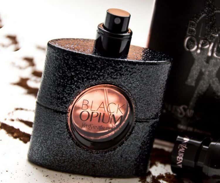 Женские духи Ив Сен Лоран Опиум Блэк это изысканный, насыщенный и стойкий парфюм.