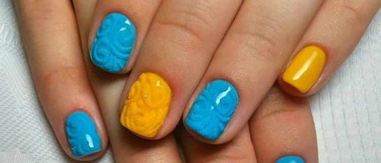 Яркие оранжевый и голубой тоже смотрятся на ногтях нарядно.