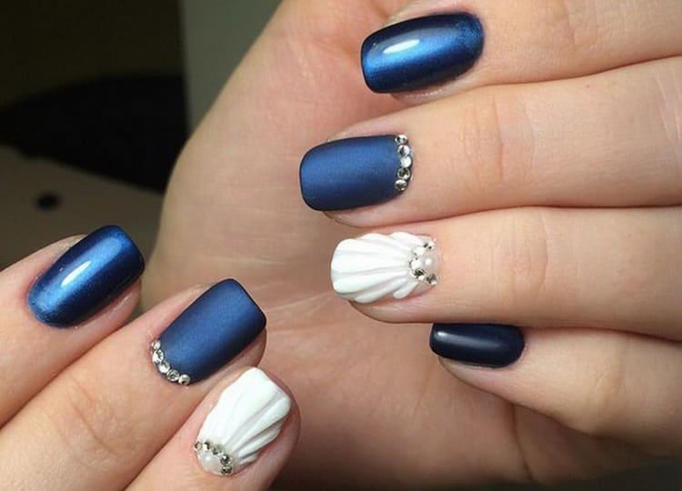 Такие ракушки на ногтях выглядят еще и очень элегантно.