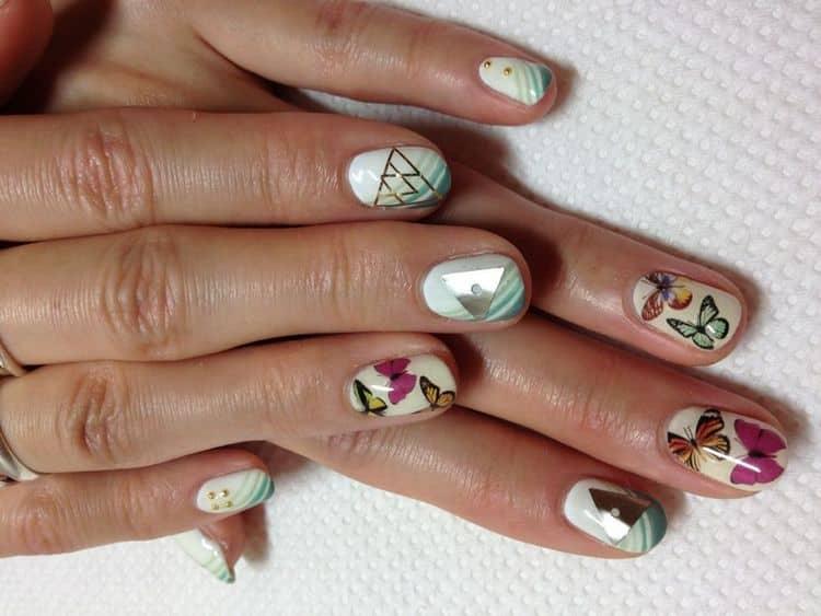 Посмотрите также фото маникюра с бабочками на короткие ногти.
