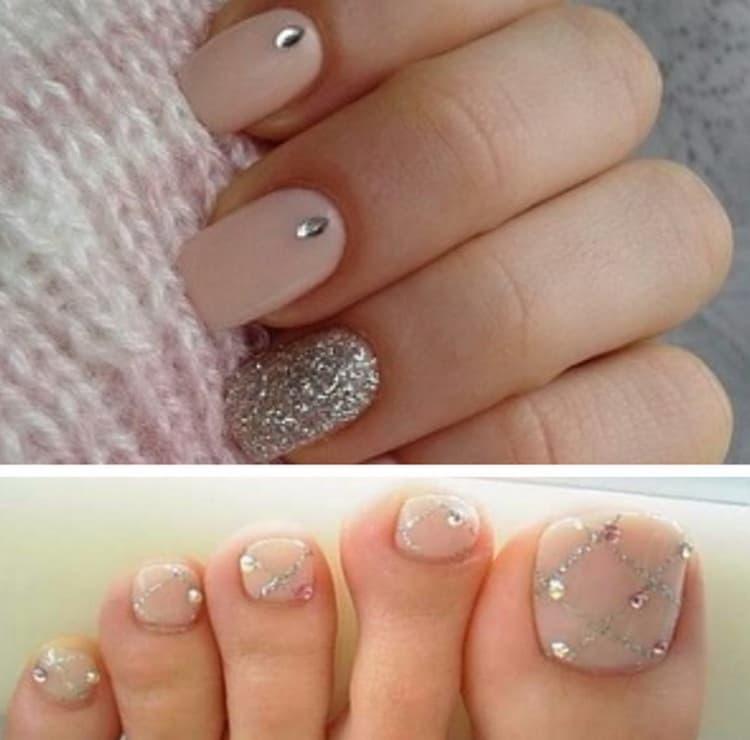 В идеале маникюр должен органично сочетаться с дизайном ногтей на ногах.