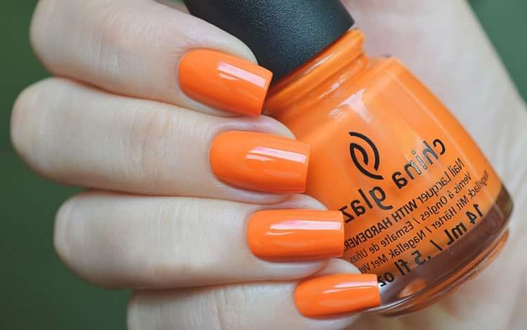 Яркий оранжевый подойдет для теплого времени года.