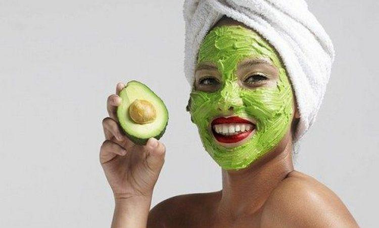 В желатин можно также добавить мякоть авокадо.