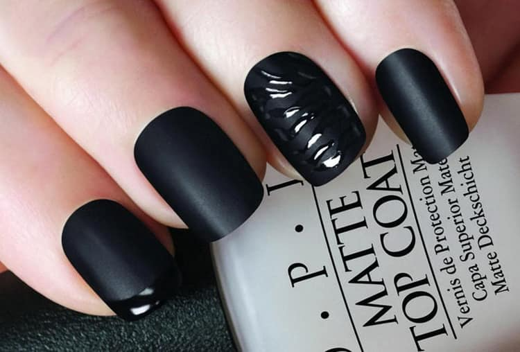 Как сделать черный матовый маникюр на коротких ногтях