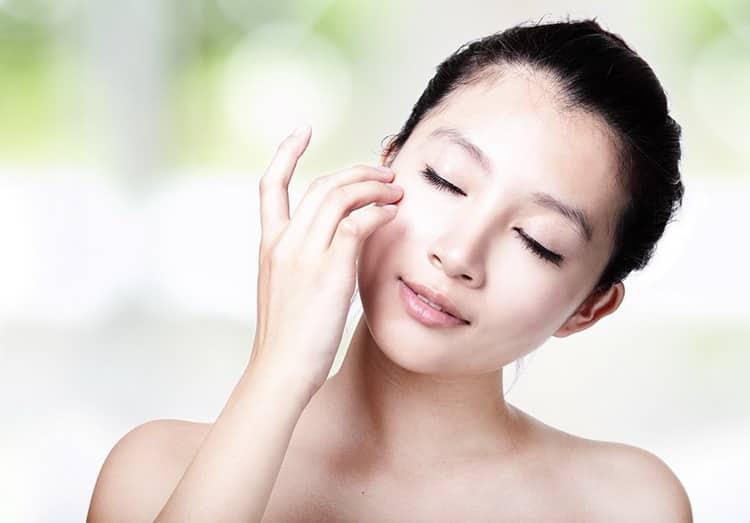 Как использовать корейскую маску для лица с улиткой