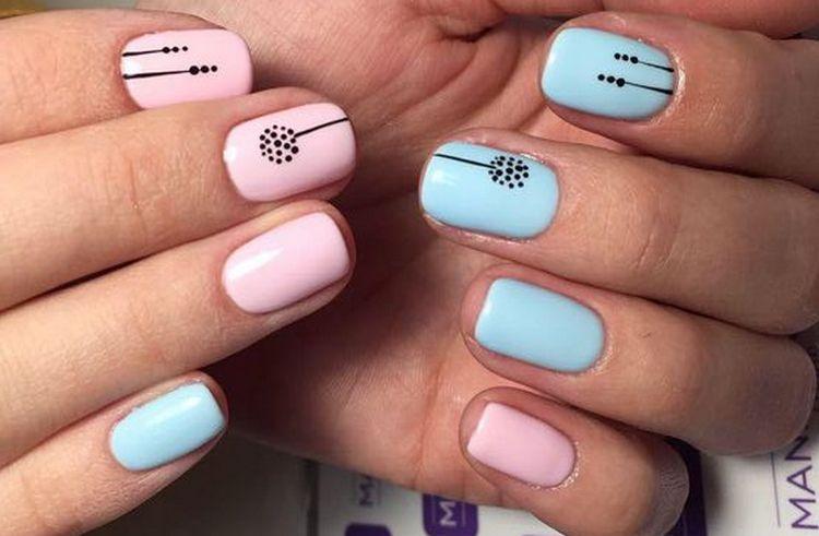рисунки на пастельных ногтях смотрятся очень красиво.