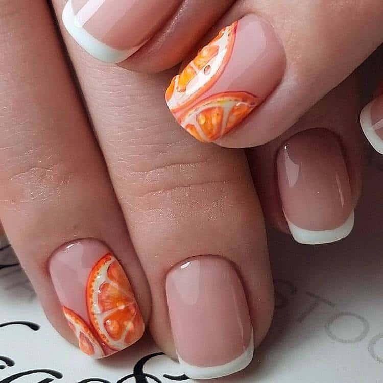Сдержанный тн ногтей разбавит яркий апельсин.