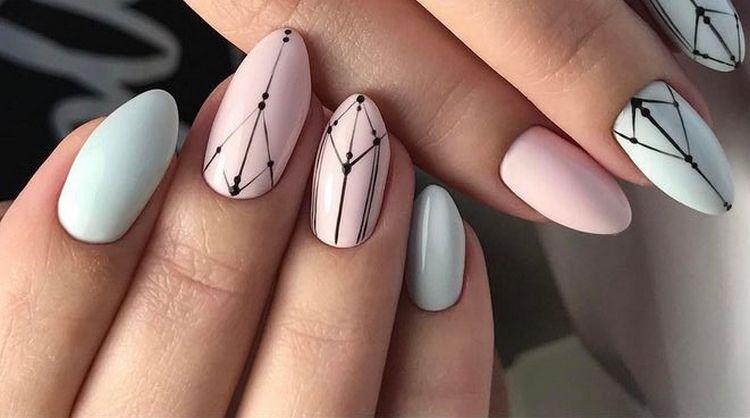 рисунок на пастельных ногтях можно делать только черным цветом.