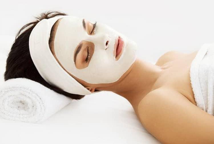 Как готовится маска из белой глины для лица