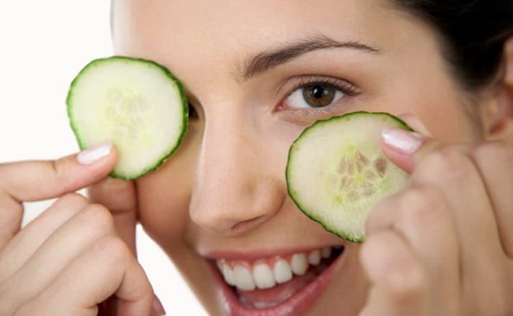 Как действуют домашние маски для кожи вокруг глаз