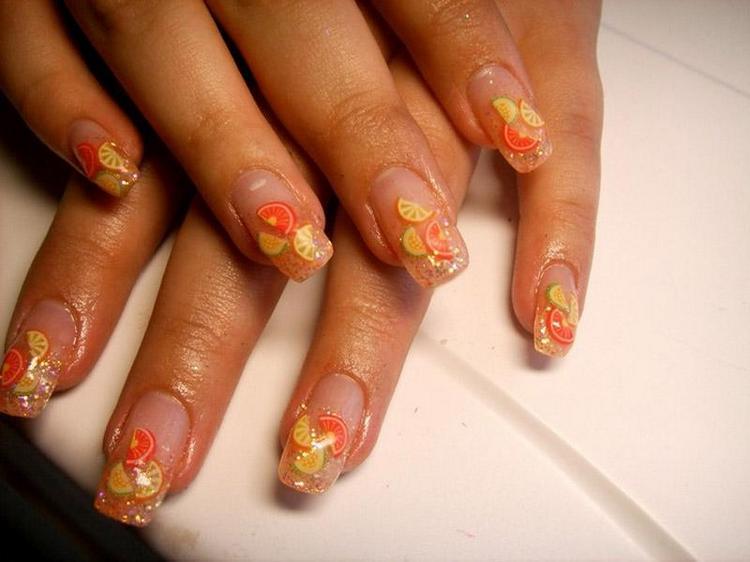 на квадратных ногтях такой дизайн тоже выглядит превосходно.