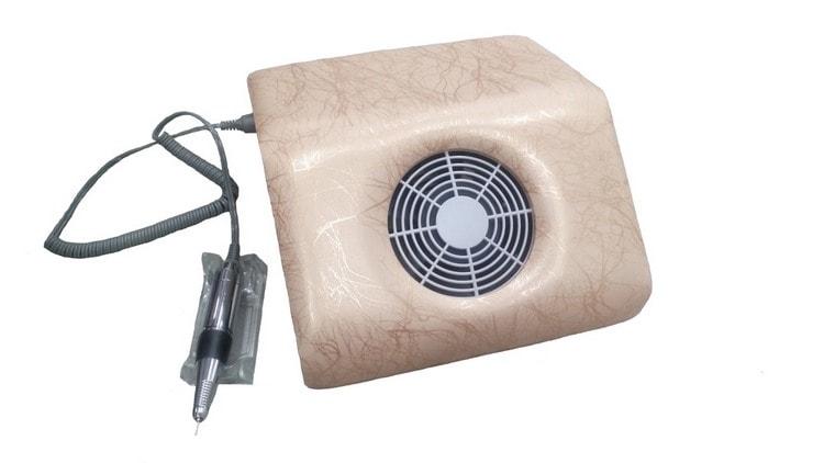Перед тем как выбрать аппарат для маникюра, поинтересуйтесь, есть ли в нем встроенный пылесос.