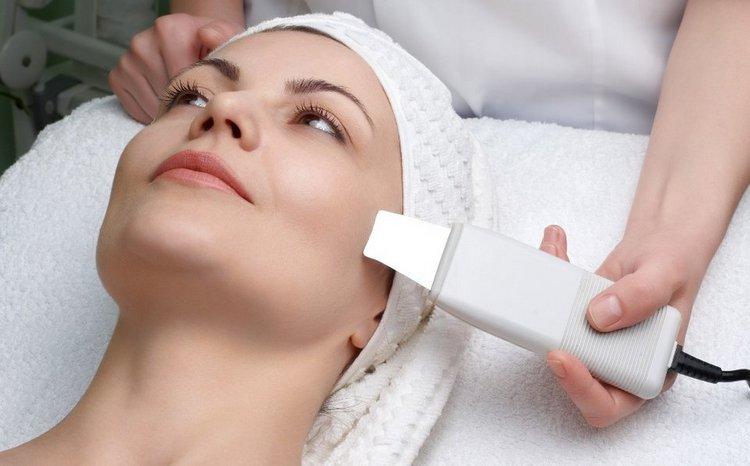 То, какой аппарат для ультразвуковой чистки лица выбрать, зависит от ваших целей.