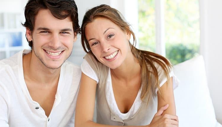 мужчина Дева и женщина рыбы демонстрируют достаточно хорошую совместимость в браке, особенно, если будут меньше критиковать друг друга.