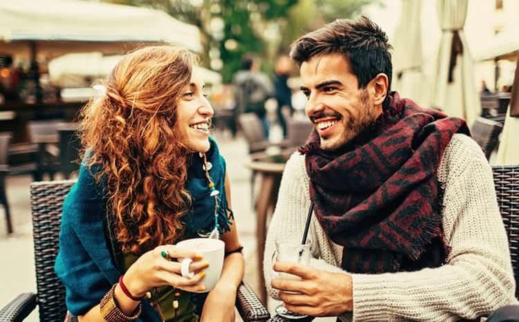Совместимость девушки рыбы и парня Девы очень хорошо проявляется в дружбе.
