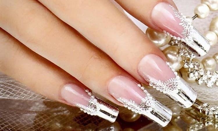 посмотрите также фото свадебного дизайна для нарощенных ногтей.
