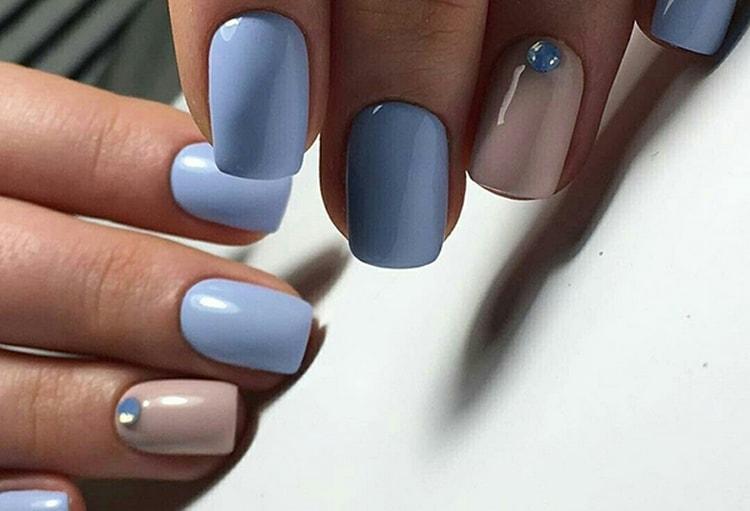А здесь использован более холодный голубой цвет.