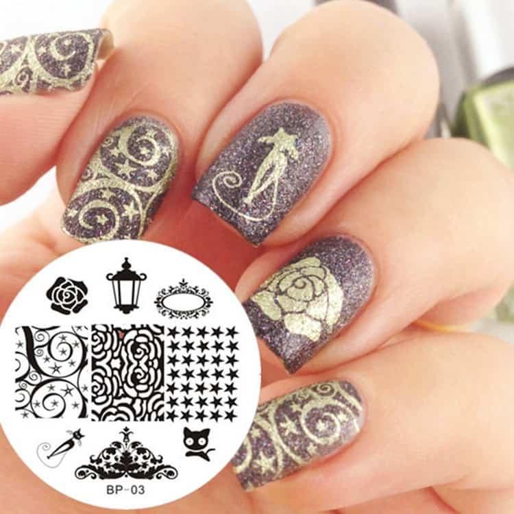 такие печати для ногтей предлагаются в широчайшем ассортименте.