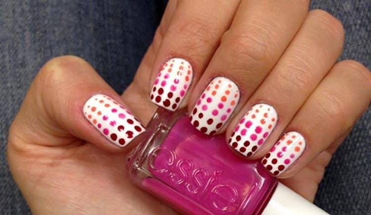 такой дизайн ногтей можно сделать в домашних условиях для начинающих.