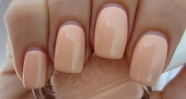 Еще один легкий дизайн ногтей гель-лаком.