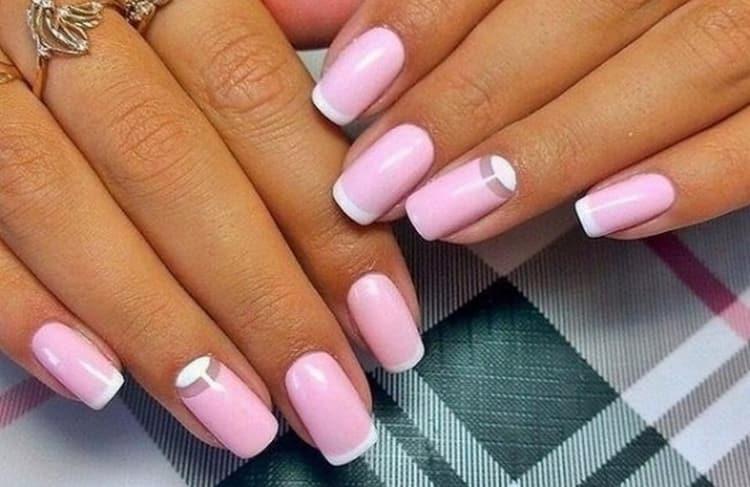 Удачный дизайн ногтей розовый с белым это френч и лунный маникюр.
