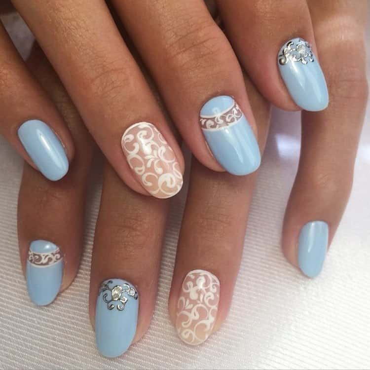 Актуальным будет и дизайн ногтей розовый с голубым.
