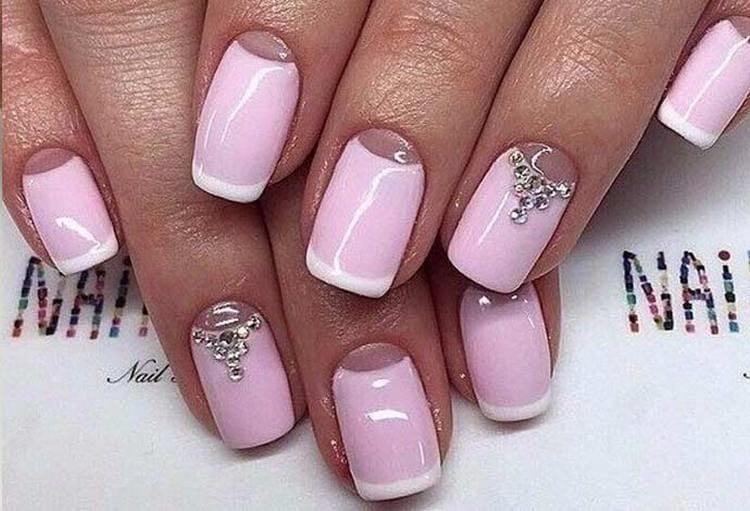А вот еще фото удачного летнего дизайна ногтей шеллаком.