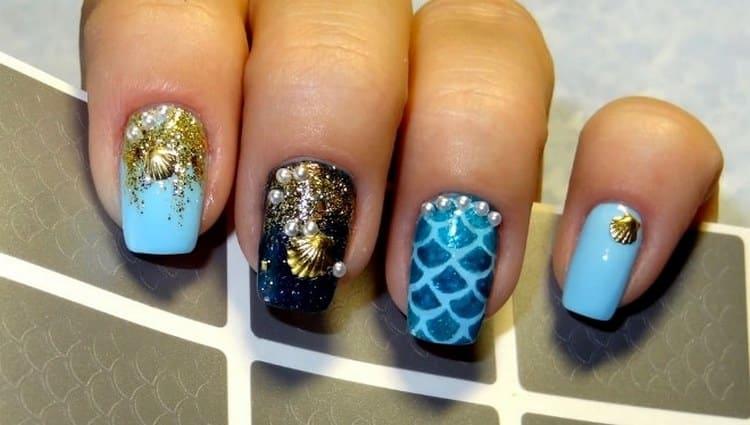 А вот летний голубой дизайн ногтей.