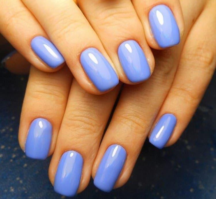 Такой приятный оттенок даже однотонным прекрасно выглядит на ногтях.