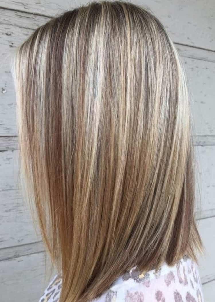 На светлых волосах удобно использовать любые оттенки краски.