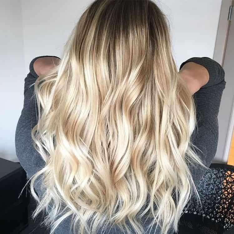 Посмотрите фото колорирования на светлые длинные волосы.