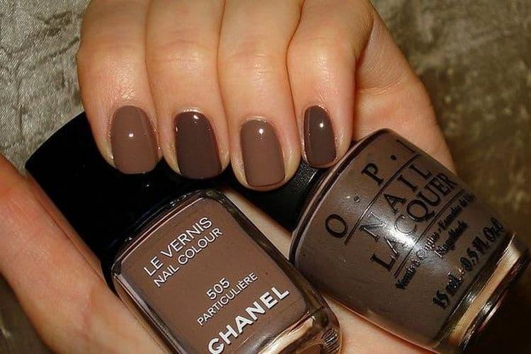 А можно просто накрасить ногти коричневым лаком разных оттенков.