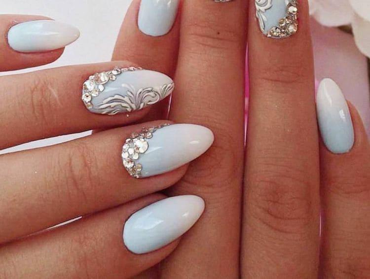 А вот красивый дизайн острых ногтей.
