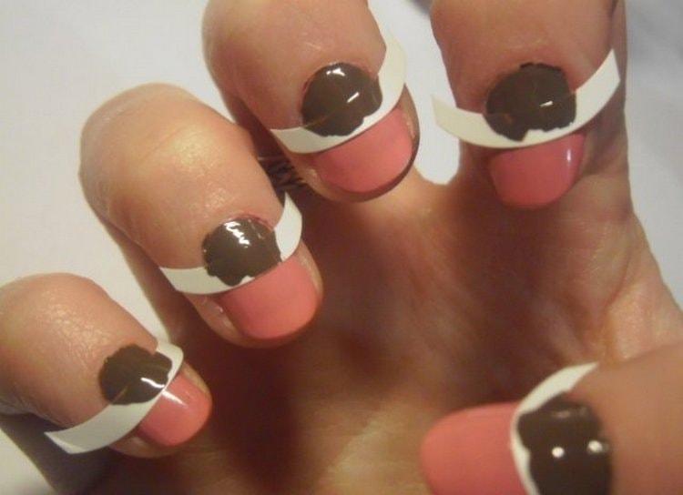 Посмотрите, как сделать такой простой, но красивый дизайн для ногтей в домашних условиях.