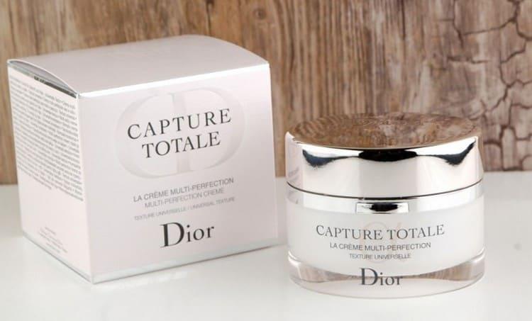 Среди хороших кремов для лица после 40 лет выделяется Capture Total от Dior.