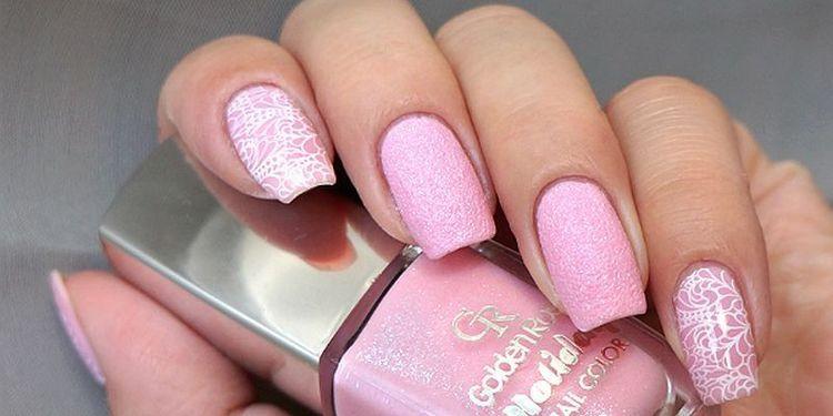 нежный розовый будет очень кстати для летних образов.